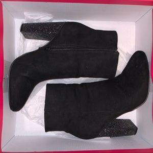 Phylecia Black Glitter boots